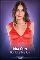 Mia Sun / Hot Like The Sun